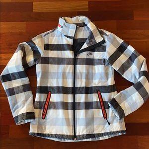 ✨RARE✨ Nike Sportswear Snow Jacket